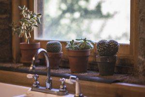 התקנת כיור אמבטיה תלוי